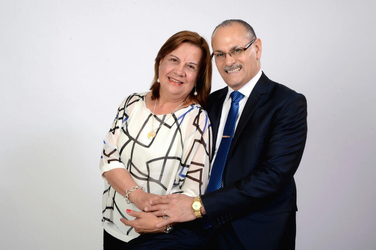 PASTORES: CARLOS Y NORMA CUELLO